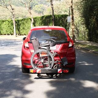 Suporte Veicular para Cadeira de Rodas